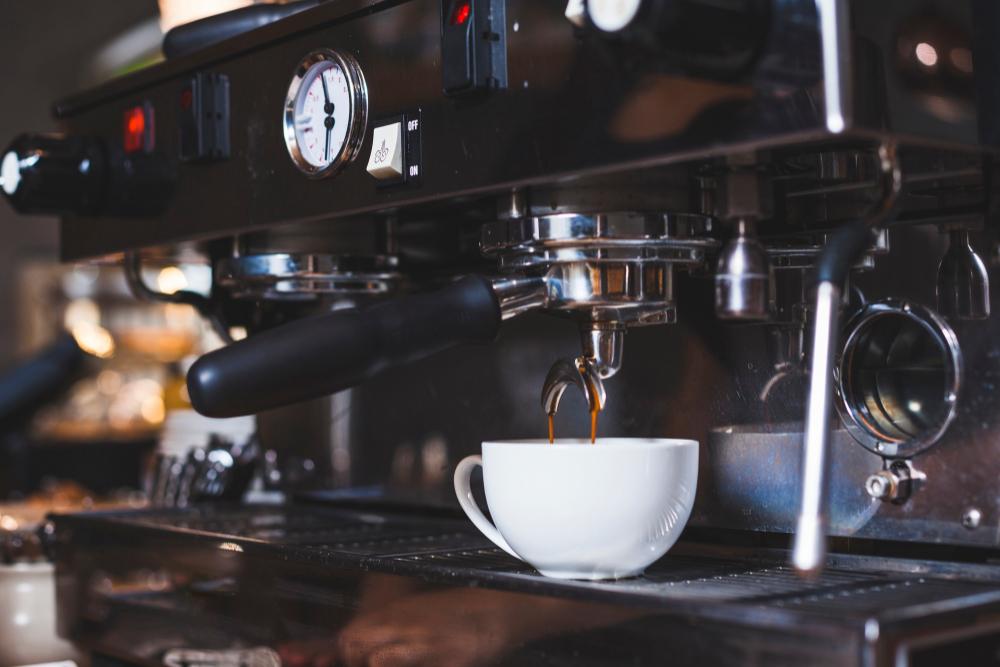 เครื่องชงกาแฟแบบอัตโนมัติ AUTOMATIC COFFEE MACHINE